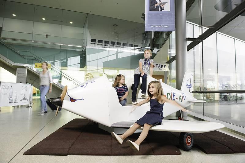 Flughafen Kinder