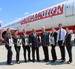 Gerhard Widmann with the crew at Laudamotion aicraft.